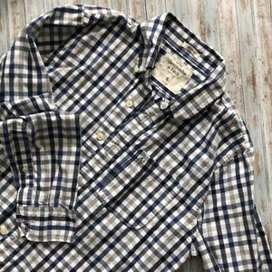 Abercrombie & Fitch Muscle Button Up S Shirt